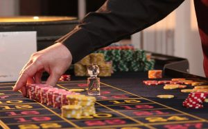 Most-Talked-About-Casino-and-Gambling-News-in-New-Zealand-dealer-chips